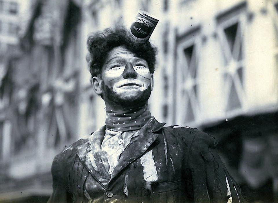 Mardi Gras Clown